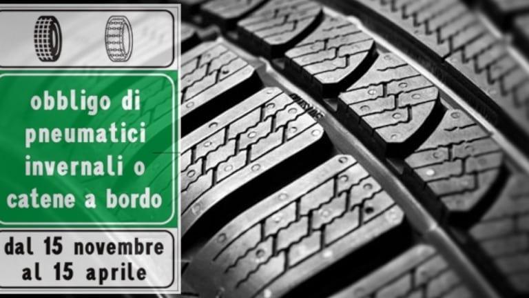Pneumatici invernali o estivi cosa dice la Legge Italiana