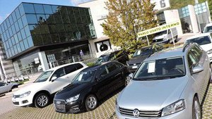 Autovalle: rivenditore auto nuove e usate - Service